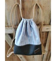 Rucksack mit Edelweiss-Stoff und Leder