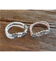 Trachtenarmband mit Perlenkette und Herzen