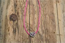 Trachtencollier mit Seidenband und Herzanhänger - 14 pink