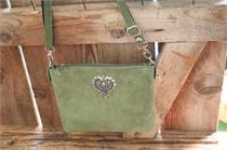 Trachtentasche mit Herz - oliv
